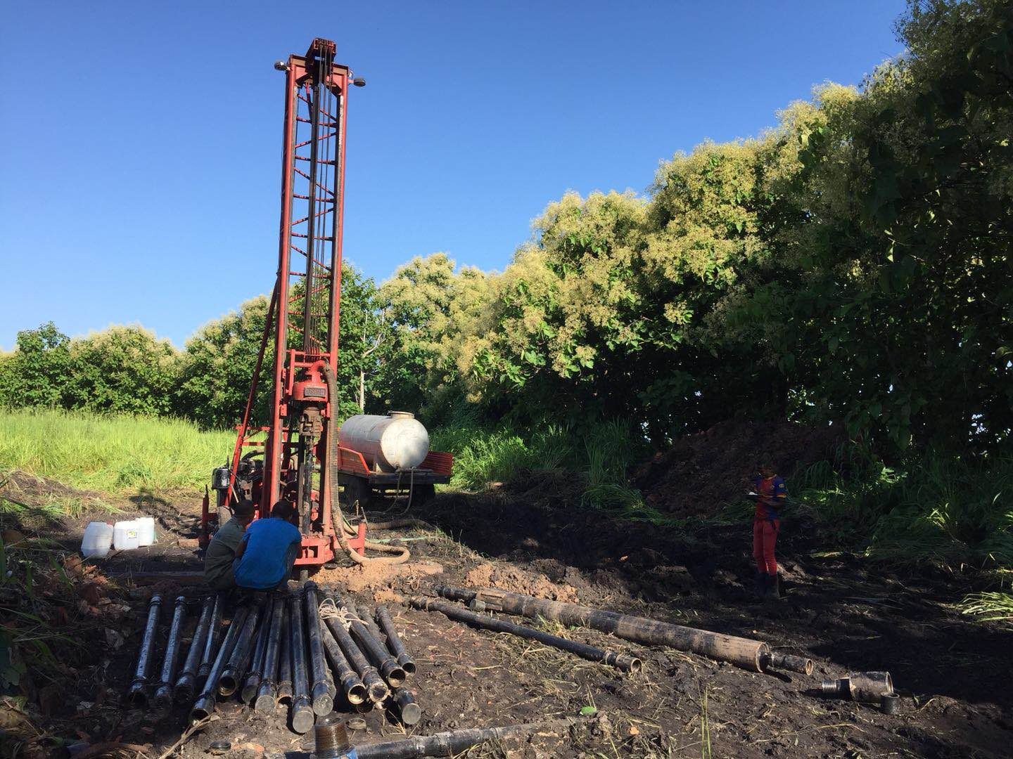 Drilling rig construction in Uganda